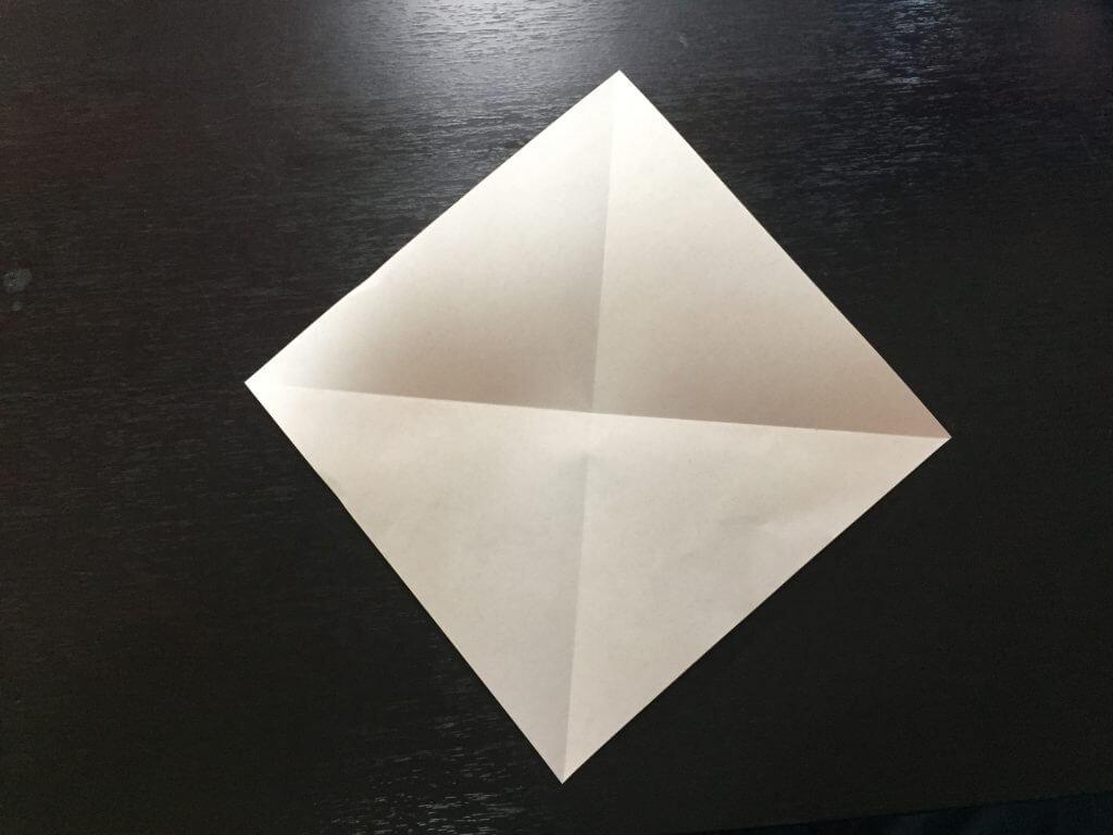 サンタクロースの簡単な折り方手順3