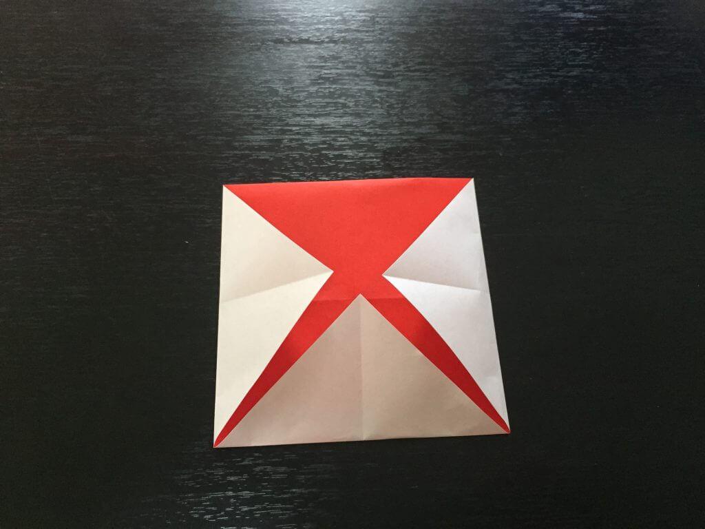 サンタクロースの簡単な折り方手順5