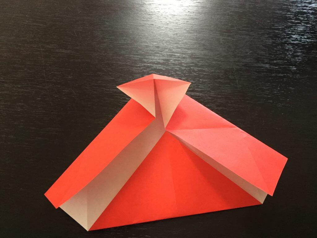 サンタクロースの簡単な折り方手順9