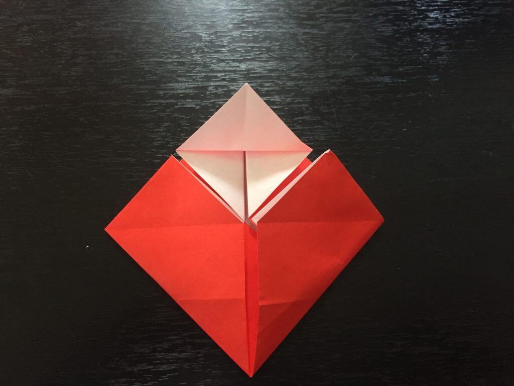 サンタクロースの簡単な折り方手順