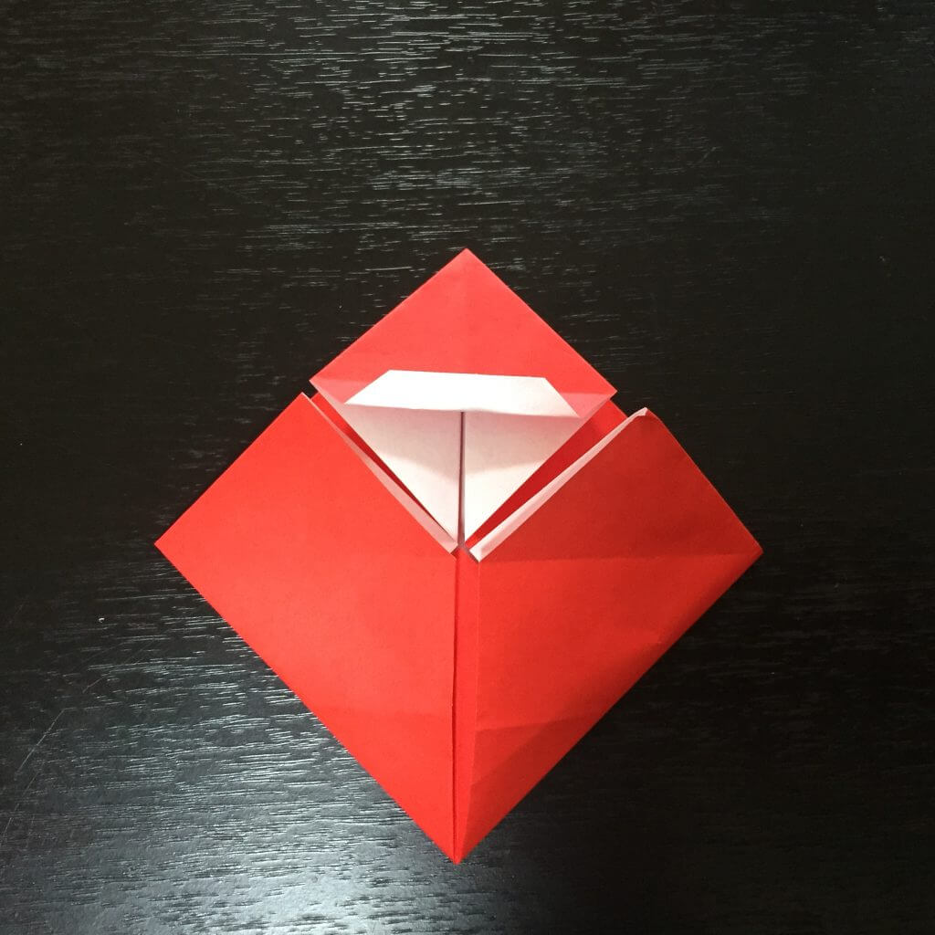 サンタクロースの簡単な折り方手順15