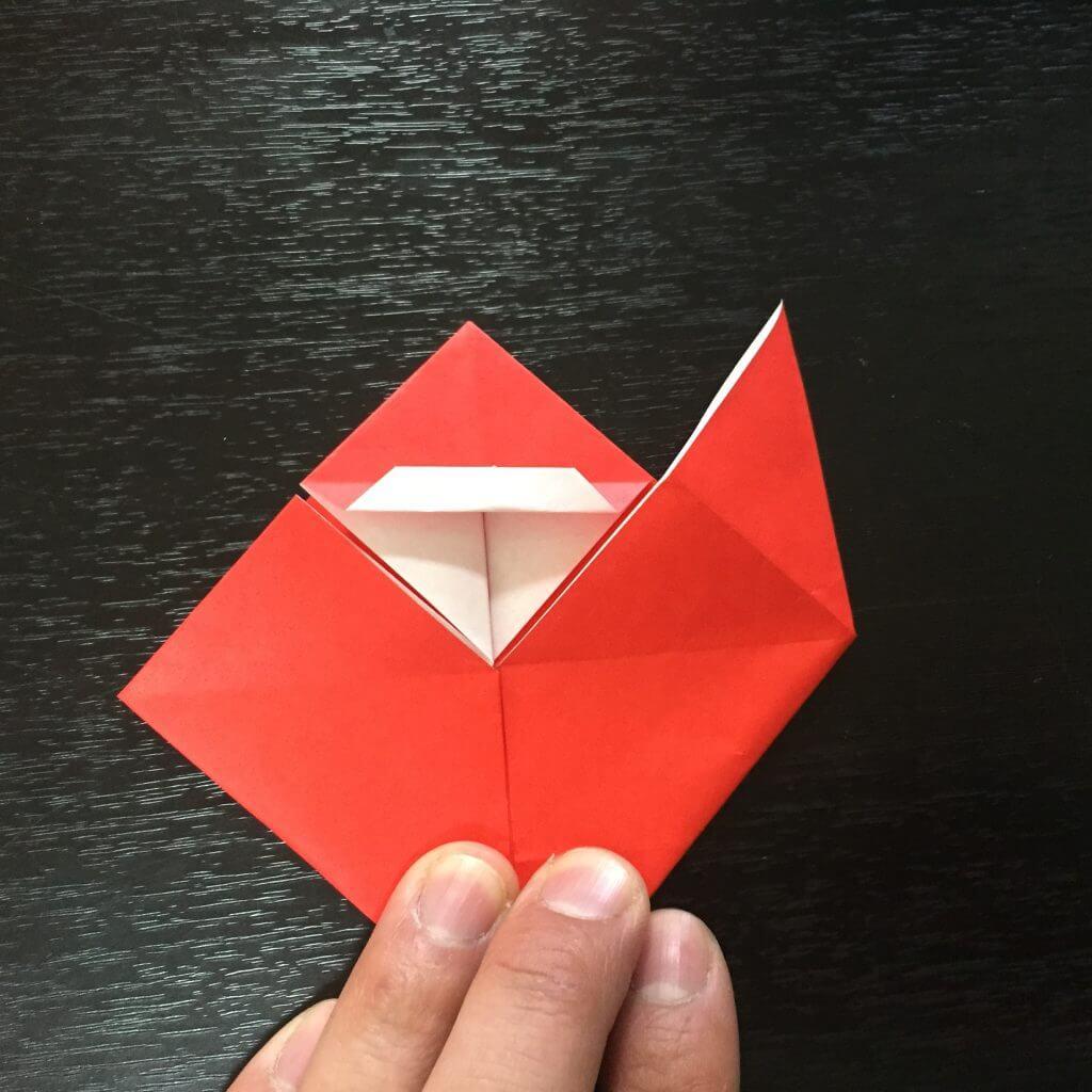 サンタクロースの簡単な折り方手順18