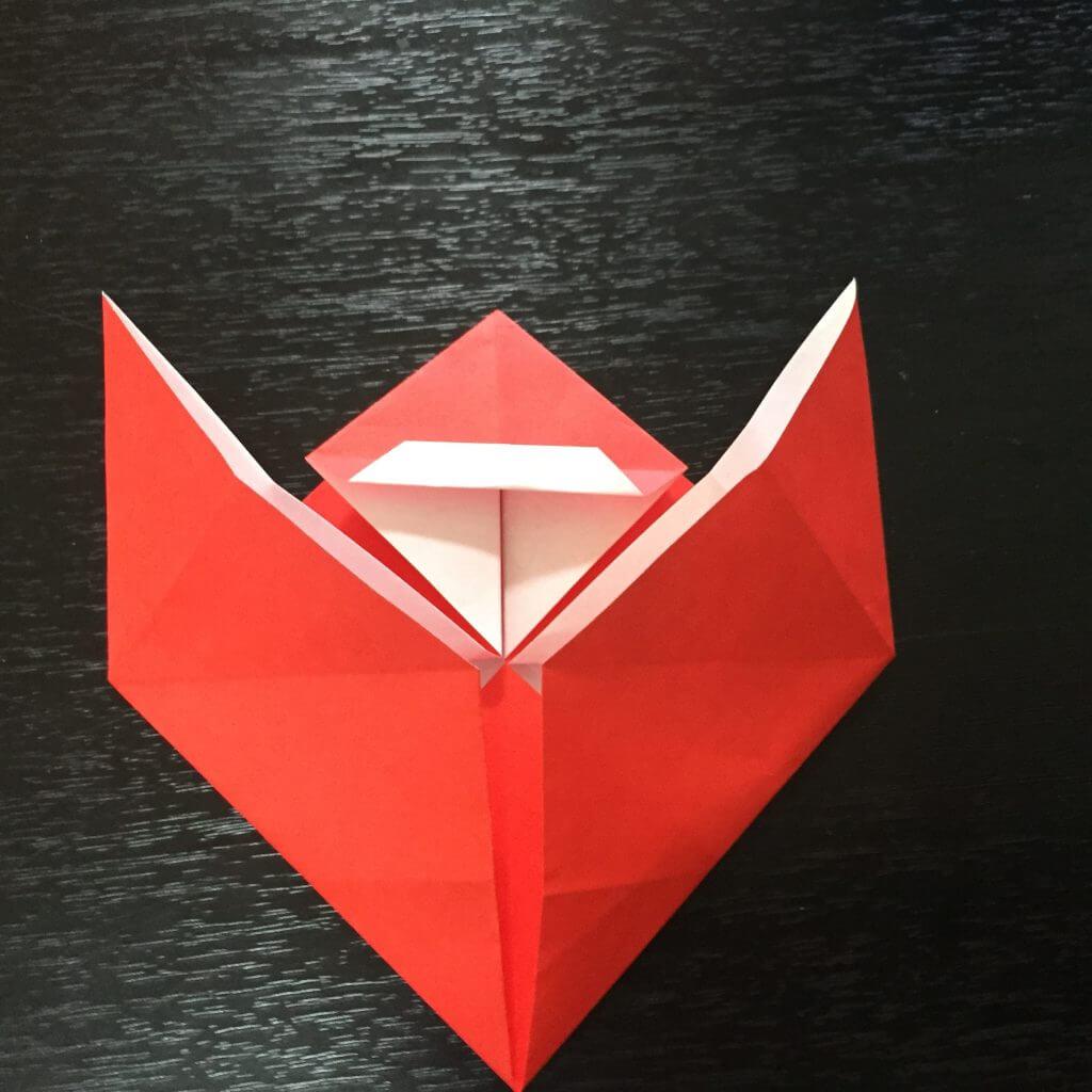 サンタクロースの簡単な折り方手順19