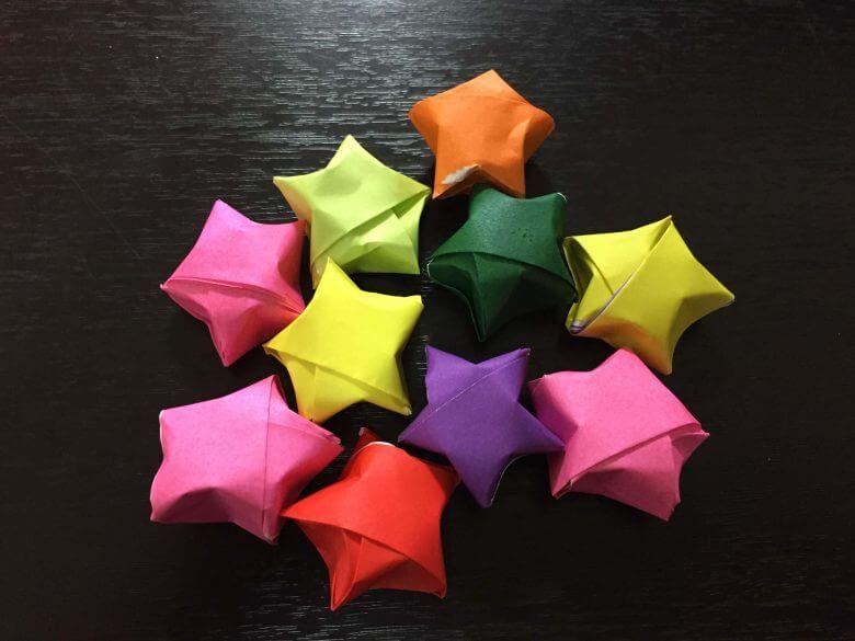 ★ラッキースター★折り紙の簡単な折り方♪クリスマス飾りを手作りで!