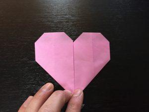 折り紙で簡単なハートの折り方