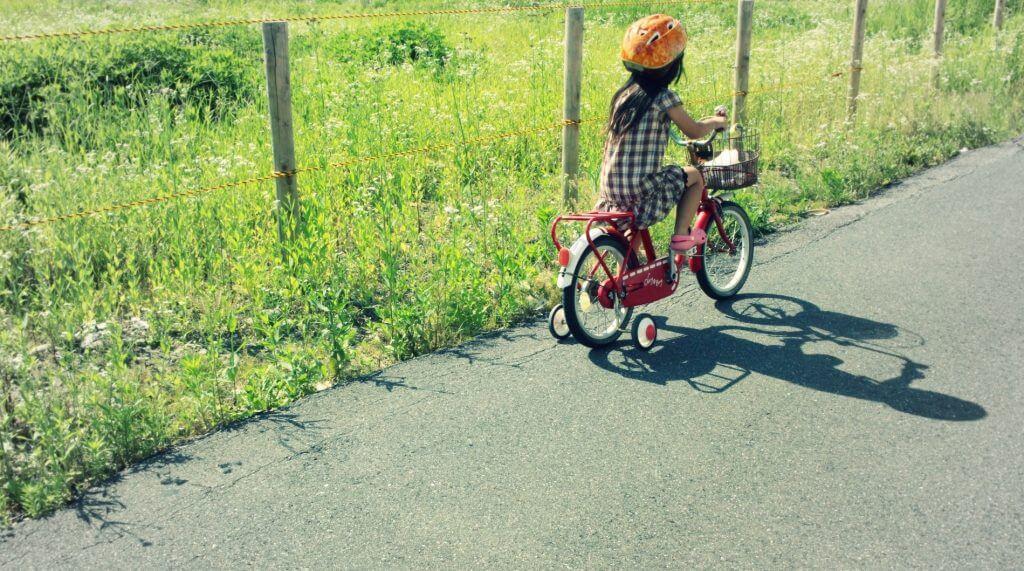 補助輪付き自転車の練習