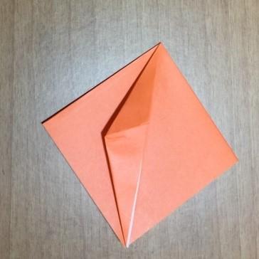 カボチャの折り紙の簡単な折り方ジャックオーランタン3