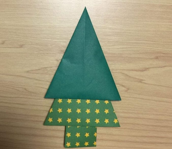 【超簡単!】クリスマスツリーの折り紙!子供でも出来る折り方は?