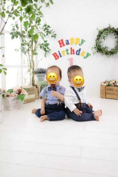 我が家の双子1歳記念に個人フォトスタジオで写真撮影♪家族写真は安いに限る!