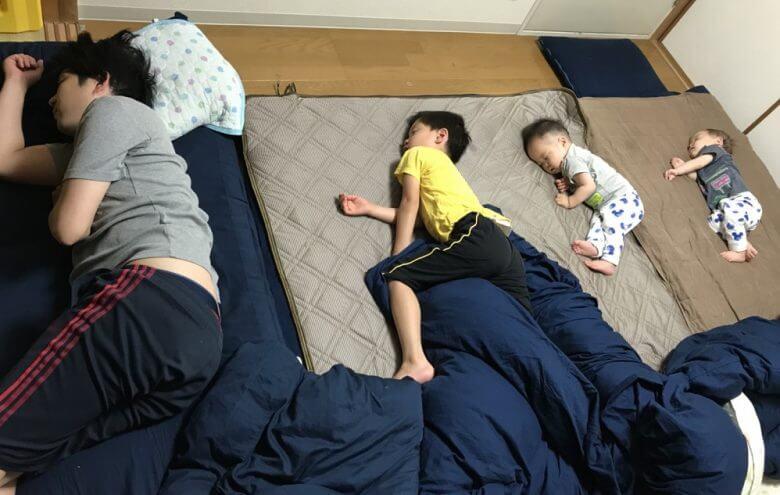 誰か対策を教えて!うちの子供の寝相が悪すぎる件・・・原因は○○?