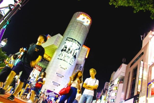 渋谷のクレイジーハロウィンで馬鹿騒ぎした人と地元ハロウィンでほっこりした僕の違い・・・